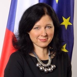 Comisarul european pentru Justitie cere Guvernului Romaniei sa regandeasca reforma sistemului judiciar