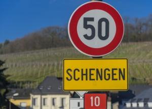Comisarul european pentru Migratie cere incetarea controlului la frontierele din spatiul Schengen