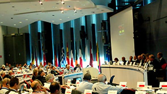 """Comisia Europeana """"regreta decizia aberanta"""" a S&P"""