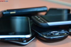 Comisia Europeana ar putea sa impuna un incarcator comun pentru toate telefoanele mobile