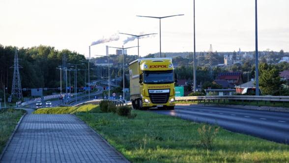 Comisia Europeana cere asigurarea fluxului continuu al marfurilor in toata Uniunea Europeana prin 'culoare verzi'