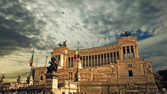Comisia Europeana cere explicatii oficiale Italiei pentru un derapaj bugetar fara precedent