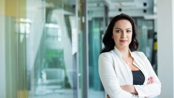 Comisia Europeana demareaza procesul de revizuire a Directivei privind raportarea nefinanciara