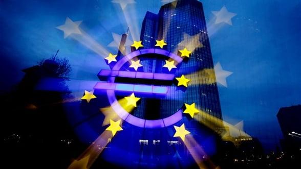 Comisia Europeana vrea dreptul de a inchide bancile cu probleme din zona euro