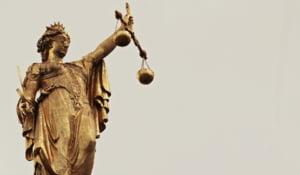 Comisia Iordache taie din competentele DNA si infiinteaza Sectia pentru investigarea magistratilor