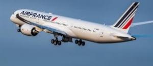 Compania Air France a anulat 30% dintre zboruri din cauza grevei personalului