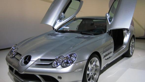 """Compania Mercedes, """"invinsa"""" de BMW si Audi pe piata auto de lux"""