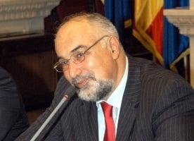 Compania-mamut il concediaza pe ministrul economiei