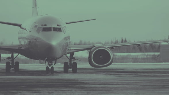 Companiile aeriene vor pierde 55% din venituri din cauza pandemiei