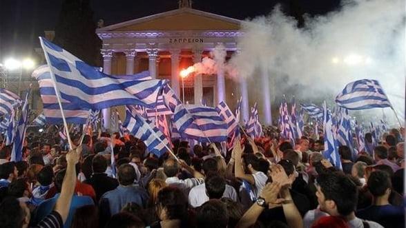 Companiile din Grecia se asteapta la revolte si la renuntarea la euro