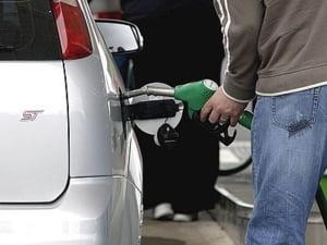 Conpet va plati 200 milioane lei Grupului Feroviar Roman pentru transportul titeiului si gazolinei