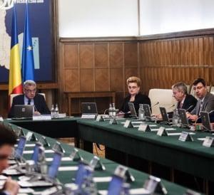 """Consiliul Fiscal a avizat negativ """"revolutia fiscala"""" a Guvernului: Ar face o gaura de 5,2 miliarde de lei in buget"""