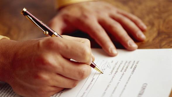 Contractul la distanta: In ce conditii se incheie si cum poate fi denuntat?