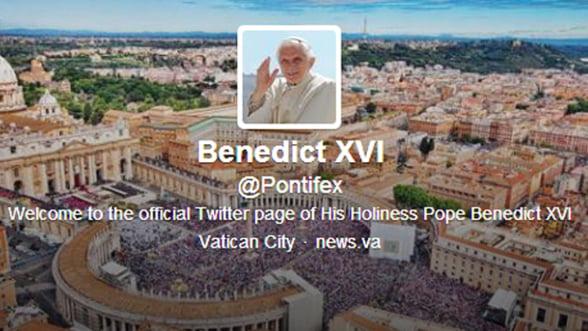 Contul de Twitter al Papei se va inchide definitiv pe 28 februarie