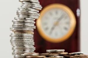 Contul de economii versus contul curent. Cum le folosesti in avantajul tau