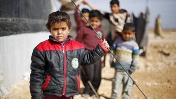Copiii sirienilor refugiati in Turcia, exploatati in fabrici care produc haine de firma pentru Europa