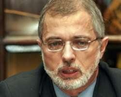 Coraci:Franks a comparat Romania cu un mineralier ruginit