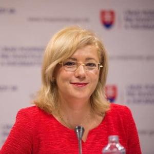 Corina Cretu raspunde acuzatiilor lui Valcov: Propun guvernantilor sa depuna proiecte si dupa aceea sa acuze Comisia Europeana