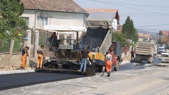 Costul reparatiilor pentru drumuri a ajuns la peste 80 de milioane de euro in 2012