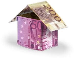 Creditele imobiliare se ieftinesc, garantiile raman mari