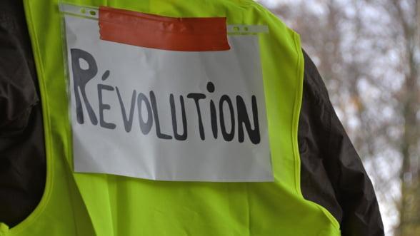 Cresterea economiei franceze a fost afectata de protestele antiguvernamentale