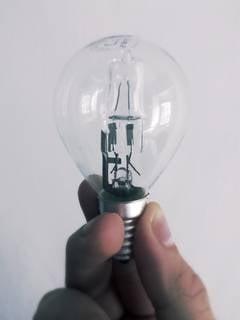 Crimeea: Stare de urgenta dupa intreruperea totala a energiei electrice furnizate de Ucraina