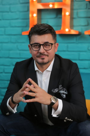 Cristian Onetiu, de la tanarul vanzator ambulant din adolescenta la milionarul de astazi
