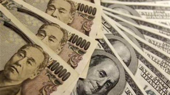 Criza datoriei din Europa duce la aprecierea yenului