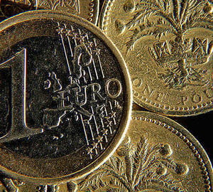 Criza datoriilor depreciaza euro
