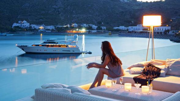 Criza de la Atena are si partea ei buna: Vacantele in Grecia sunt tot mai ieftine!