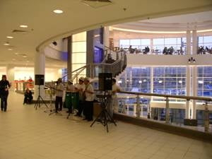 Criza mondiala loveste si in mallurile romanesti