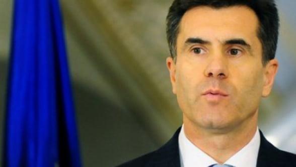 Croitoru (BNR): In Romania cash-ul nu poate fi eliminat peste noapte