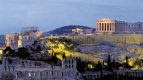 Cum a ajuns Grecia pe marginea prapastiei
