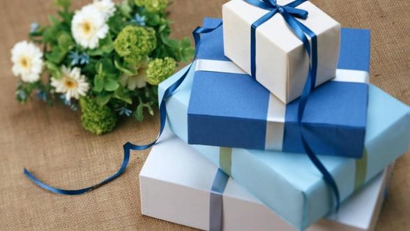 Cum alegi cadourile corporate pentru 8 martie