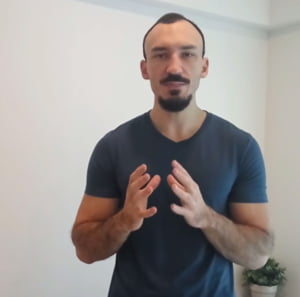 Cum arata un antrenament acasa pentru barbati adevarati - 3 reguli de aur