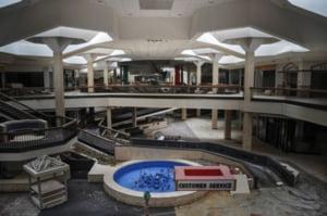 Cum arata un mall-fantoma din SUA, semn al declinului economic
