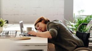 Cum iti afecteaza somnul productivitatea la locul de munca