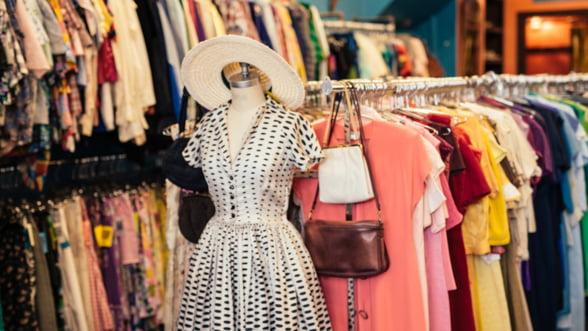 Cum s-a transformat comerțul de haine second hand și outlet în România