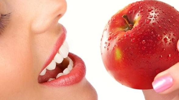 Cum sa ai grija de sanatatea dintilor tai