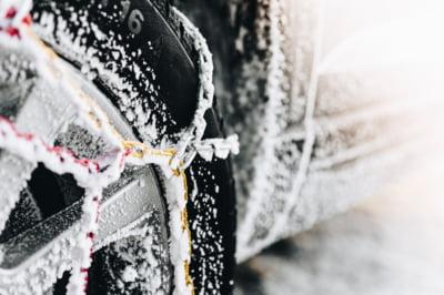 Cum sa fii in siguranta iarna, in timp ce conduci?