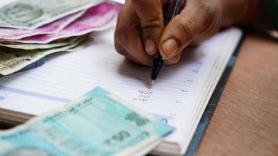 Cum sa iti gestionezi eficient datoriile