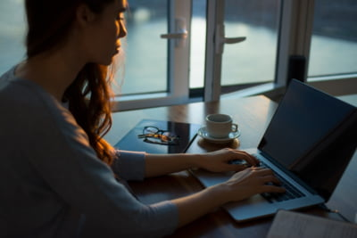 Cum sa-ti motivezi angajatii de la distanta. Comunicarea deschisa este cea mai importanta