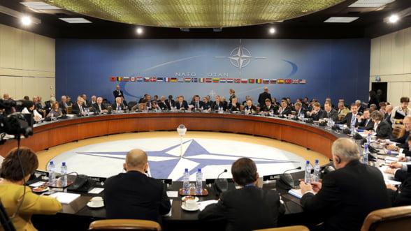 Cum schimba Moscova strategia de securitate NATO