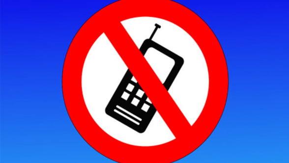 Cum se traieste fara tehnologie moderna. Orasul fara radio, TV sau telefonie mobila