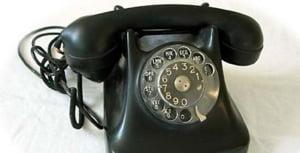 Cumperi de pe internet cu telefonul fix