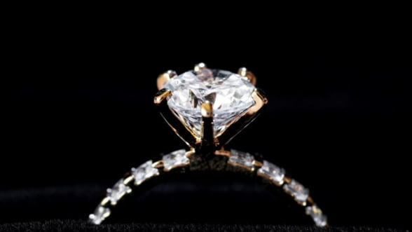 Curiozitati despre diamante. De ce sunt aceste pietre atat de ravnite?