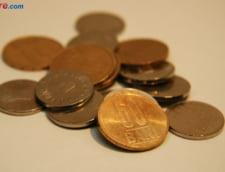 Curs valutar: Euro scade, dolarul si francul cresc