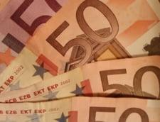 Curs valutar: Euro scade pentru a treia zi consecutiv si ajunge la 4,64 lei