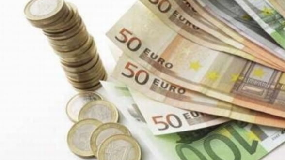 Curs valutar: Moneda nationala s-a apreciat luni
