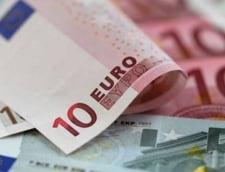Curs valutar 14 februarie. Casele de schimb afiseaza cele mai bune cotatii pentru euro si dolar